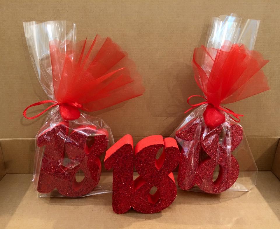 Allestimenti creazioni decorazioni in polistirolo happy for Decorazioni feste