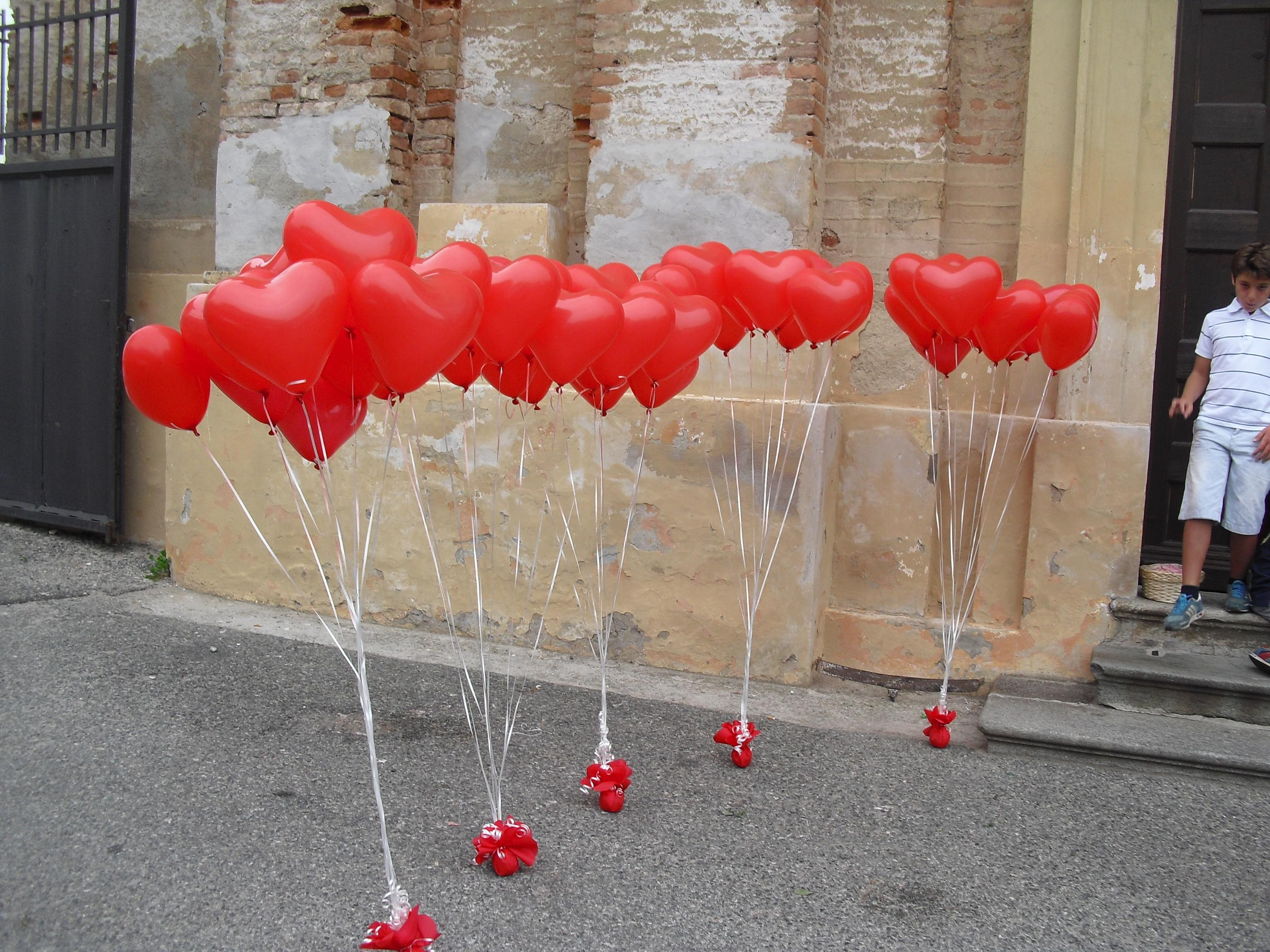 Palloncini a forma di cuore gadget e regalini san valentino happy party - Decori per san valentino ...