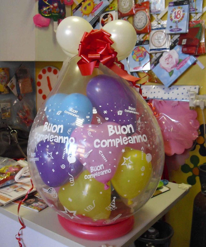 Sorprese Per Un Compleanno speciale san valentino palloncini a forma di cuore tante