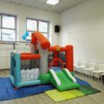 sala feste per bambini con gonfiabile  torino