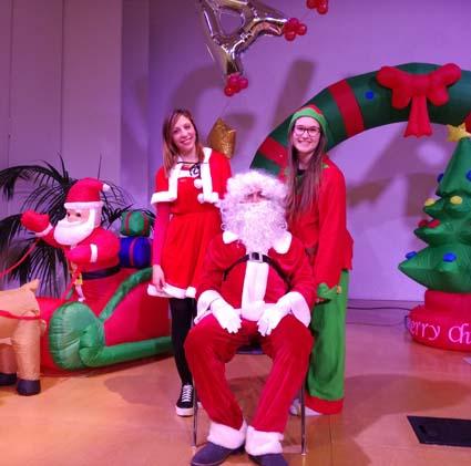 Babbo Natale Animazione.Animazione Festa Di Natale Spettacoli Di Magia Babbo Natale